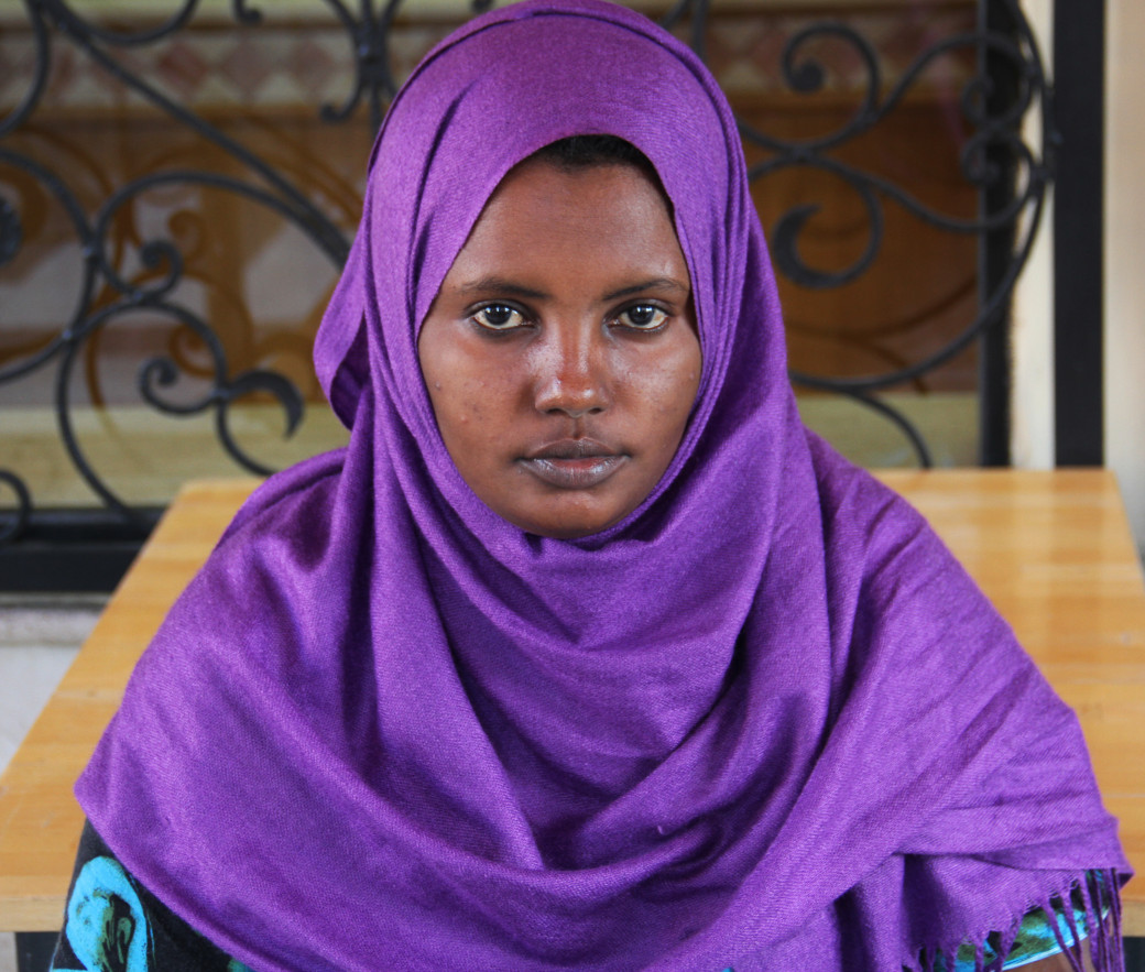 Sitting outside the cafe near the hotel, Sacadiya says that she has met other Somali refugees with documents and without shelter. She questions the benefit of being documented if one cannot find a job or home.